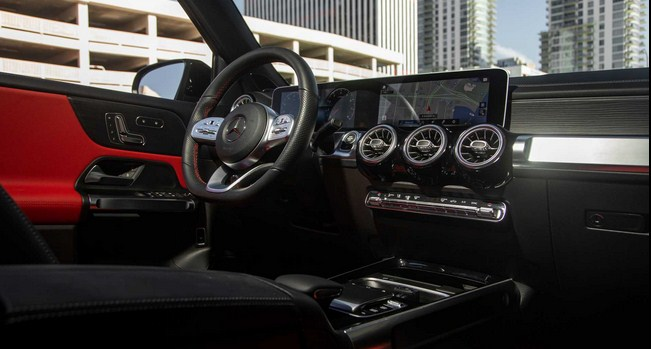 Mới Mercedes GLB 250 2021 chiếc xe gia đình cho mọi nhà