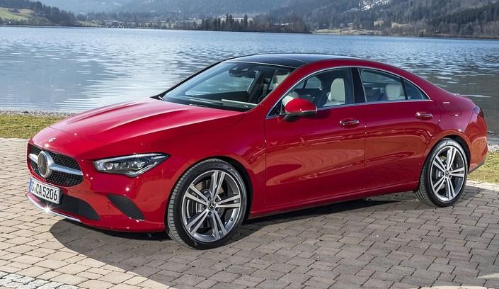 Mercedes CLA 200 model 2020 có giá bán là 1.529.000.000 VNĐ