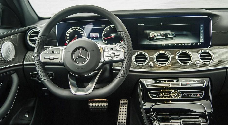 Mercedes E300 AMG 2020