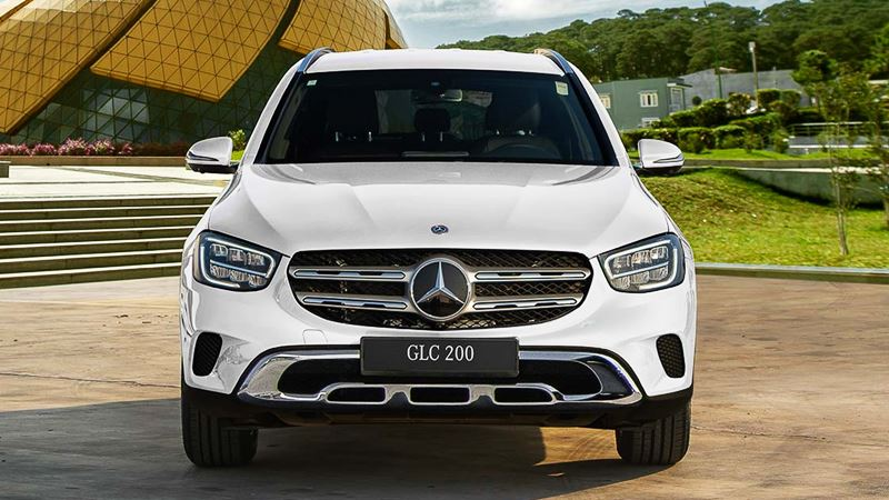 Sự khác nhau giữa Mercedes GLC 200 và Mercedes GLC 200 4Matic phiên bản mới