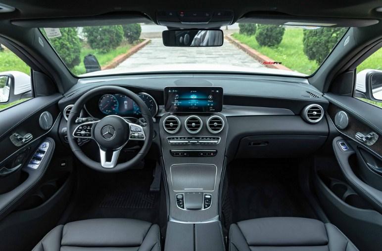 Thông số kỹ thuật Mercedes GLC 300 4Matic 2021