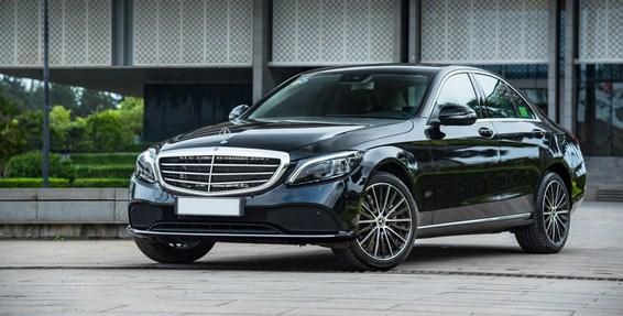 Mercedes C200 Exclusive 2021 có khác gì Mercedes C250 2019 về mặt ngoại thất