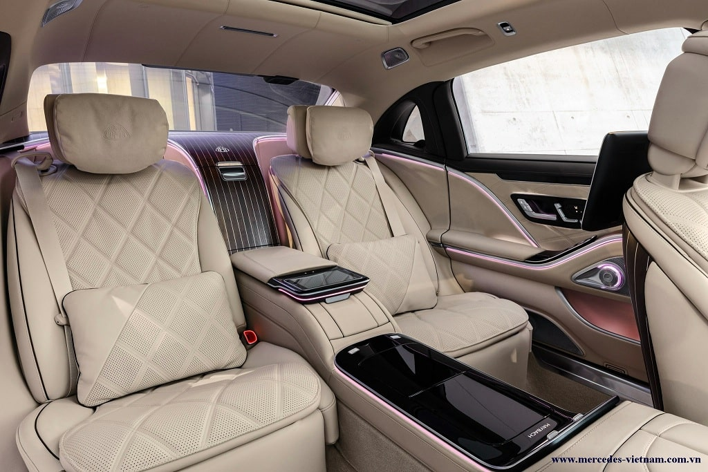 Mercedes Maybach S680