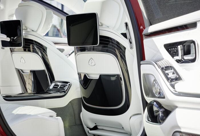 Thiết kế bên ngoài và Màu Sơn của Mercedes-Maybach mới